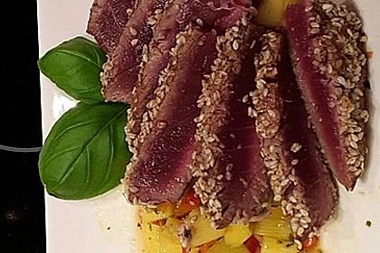 Thunfischfilet in Zimt - Sesam - Kruste auf Chili - Mango - Salat 17