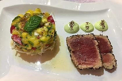 Thunfischfilet in Zimt - Sesam - Kruste auf Chili - Mango - Salat 10
