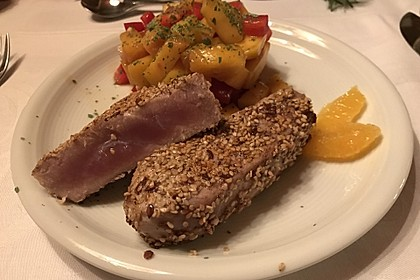 Thunfischfilet in Zimt - Sesam - Kruste auf Chili - Mango - Salat 26