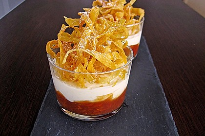 Tonka - Topfen - Mousse auf Blutorangenragout mit frittierten Karamell - Wan Tan 1