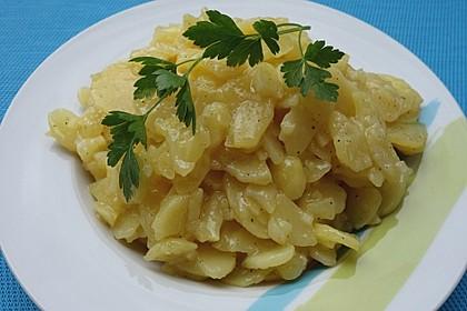 Unser liebster Kartoffelsalat - warm oder kalt ein Genuss