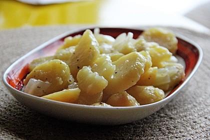 Unser liebster Kartoffelsalat - warm oder kalt ein Genuss 4
