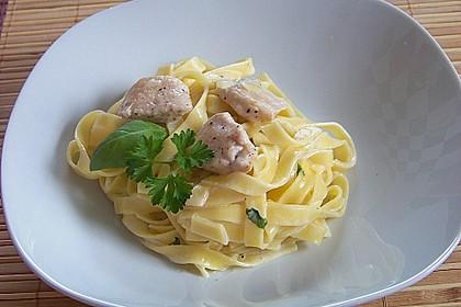 Pasta mit Schweinefilet in Kräutersahne 5