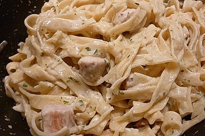 Pasta mit Schweinefilet in Kräutersahne 10