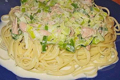 Nudeln mit Porree - Thunfisch - Soße 1