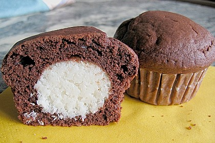 Schoko - Muffins mit Kokos - Herz 7