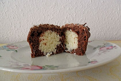 Schoko - Muffins mit Kokos - Herz 77