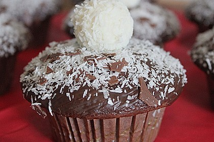 Schoko - Muffins mit Kokos - Herz 0
