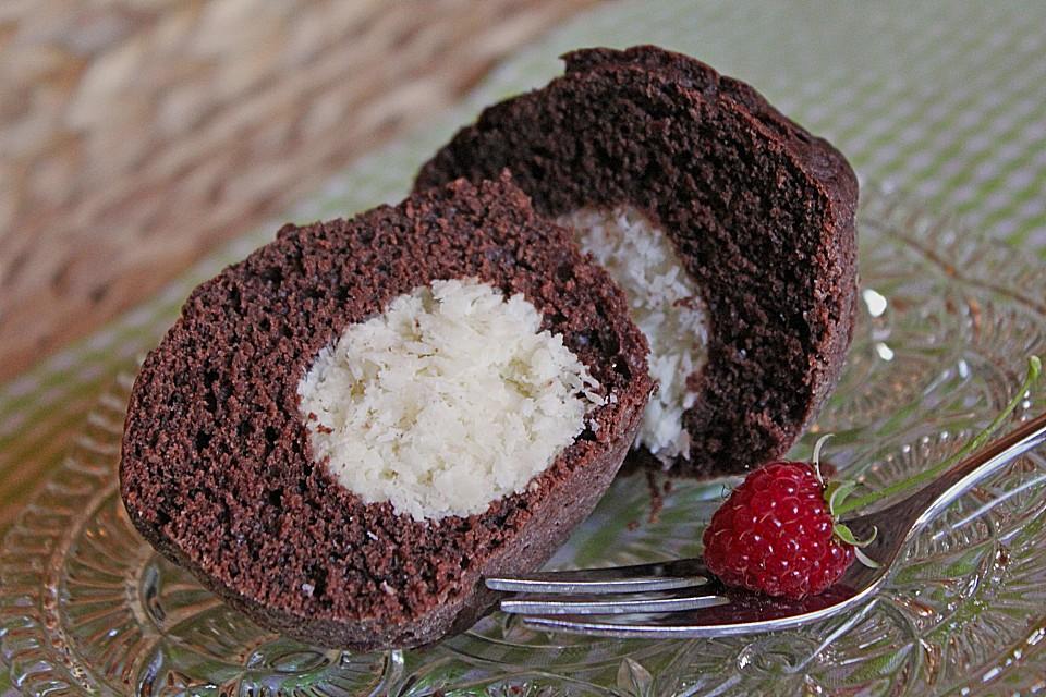 schoko muffins mit kokos herz rezept mit bild. Black Bedroom Furniture Sets. Home Design Ideas