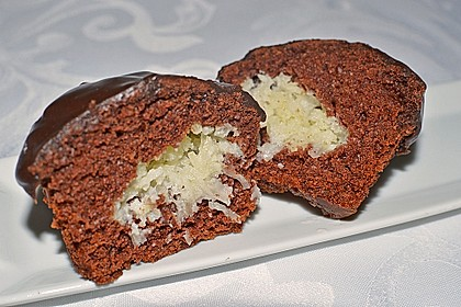 Schoko - Muffins mit Kokos - Herz 27