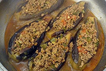 aubergine gefüllt mit hackfleisch