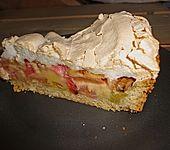 Rhabarberkuchen mit Sahneguss und Baiserhaube (Bild)
