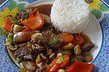 Chop Suey mit dunkler Soße
