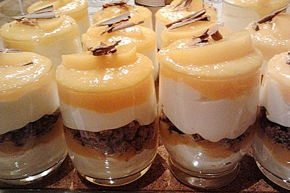 Pfirsich - Mascarponecreme mit Cookies