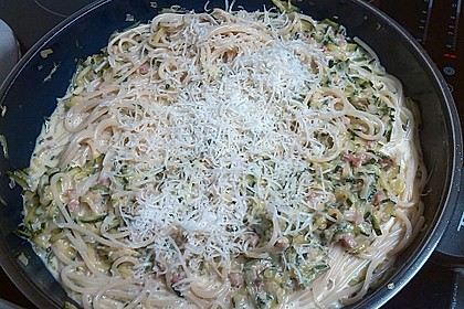 Spaghetti mit Zucchini – Carbonara 7