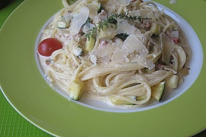 Spaghetti mit Zucchini – Carbonara 1