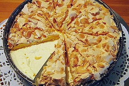 Baiser - Torte mit Himbeer - oder Brombeercreme 28