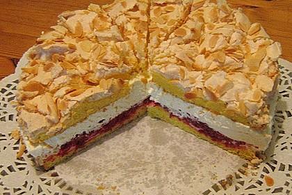 Baiser - Torte mit Himbeer - oder Brombeercreme 10