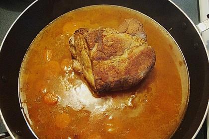Omas  Fleisch aus der Kachel 36