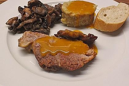 Omas  Fleisch aus der Kachel 24