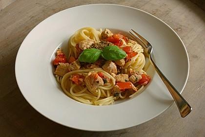 Spaghetti mit Lachs und Kirschtomaten 12
