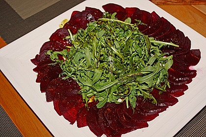 Dekoratives Rote Bete Carpaccio 1