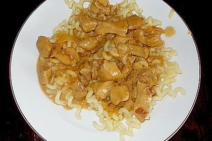 Scharfe Schnitzel an Weißweinsoße
