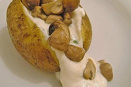 Baked Potato mit  Sour Cream und  Champignons 4
