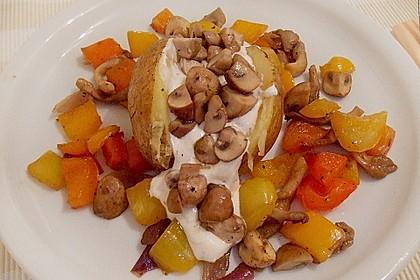 Baked Potato mit  Sour Cream und  Champignons 2