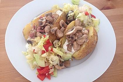 Baked Potato mit  Sour Cream und  Champignons 3