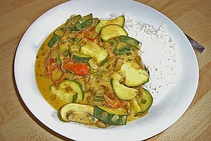Puten - Zucchini - Pfanne mit Pfifferlingen 1