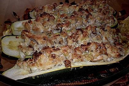 Gefüllte Zucchini 74