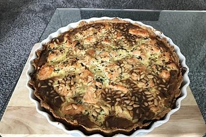 Quiche mit Lachs, Spinat und Pinienkernen 28