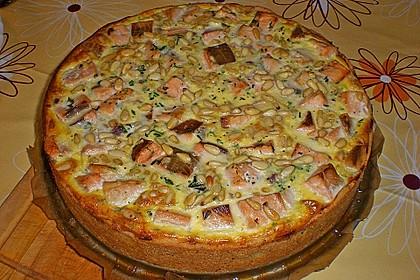 Quiche mit Lachs, Spinat und Pinienkernen 22