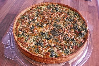 Quiche mit Lachs, Spinat und Pinienkernen 9