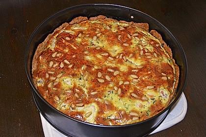 Quiche mit Lachs, Spinat und Pinienkernen 23