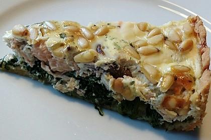 Quiche mit Lachs, Spinat und Pinienkernen 5