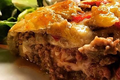 Hackfleisch-Paprika-Käse-Strudel 17