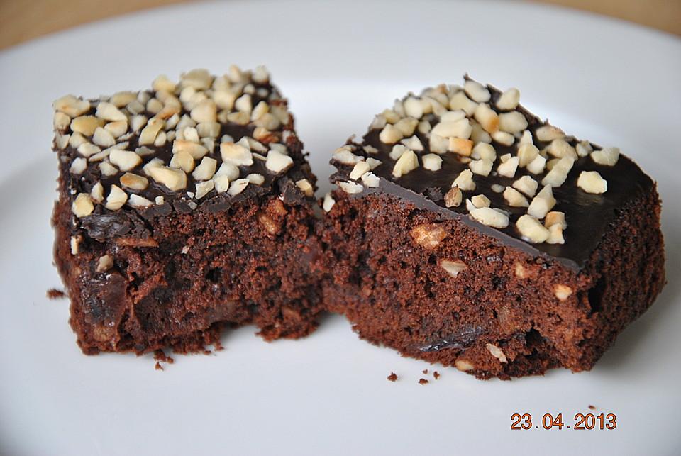 nuss brownies mit kirschen rezept mit bild von simone32. Black Bedroom Furniture Sets. Home Design Ideas