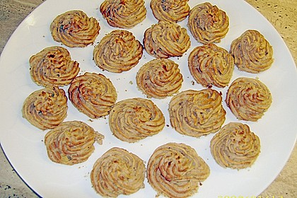 Kartoffel - Nusskrönchen 1