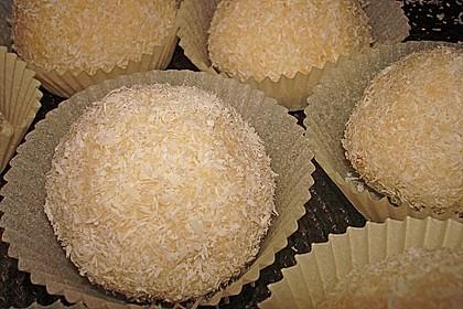 Kokosbällchen aus Biskuit 1