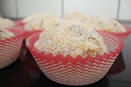 Kokosbällchen aus Biskuit 4