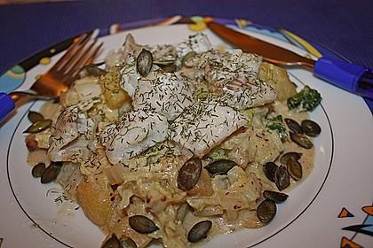 Chinakohlpfanne mit gebratenem Fisch 9