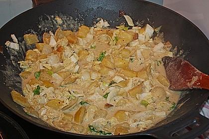 Chinakohlpfanne mit gebratenem Fisch 2