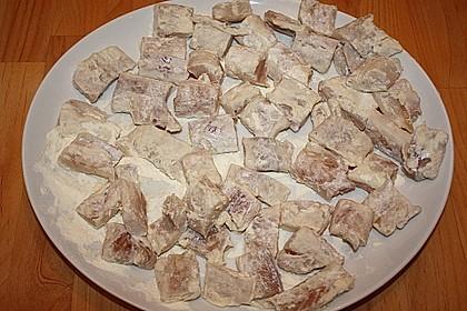 Chinakohlpfanne mit gebratenem Fisch 10