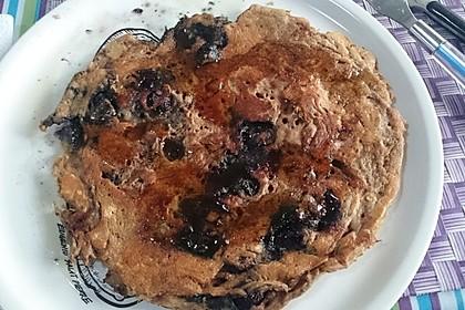 Buttermilch - Pfannkuchen mit Blaubeeren 4