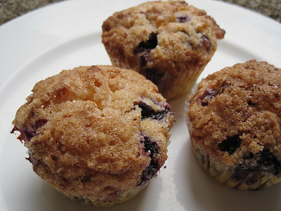 heidelbeer muffins mit zimtstreusel von annelore. Black Bedroom Furniture Sets. Home Design Ideas