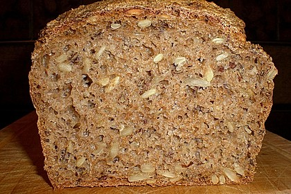 Saftiges Vollkornbrot 36