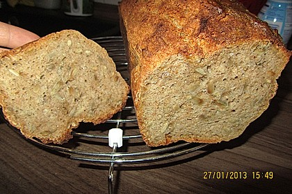 Saftiges Vollkornbrot 169