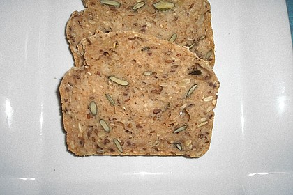 Saftiges Vollkornbrot 177